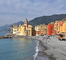 First sun on Camogli's beach by Alessandra Antonini