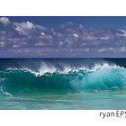 Keiki Shore Break, Oahu Hawaii by Ryan Epstein