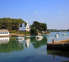 Golfe du Morbihan by Liz Garnett