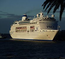 P&O Pacific Pearl - Early Morning Arrival by Keith Richardson