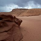 Dunes Near Antelope Canyon by loislame