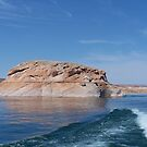 Lake Powell by loislame