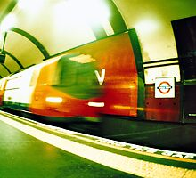 Tourist - London - Fast Subway by busteradams