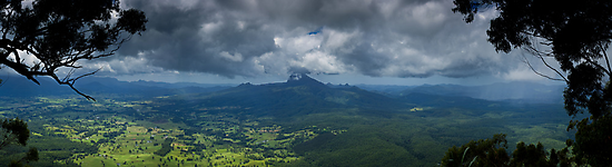 Mt Warning - Northern NSW by Matt  Williams