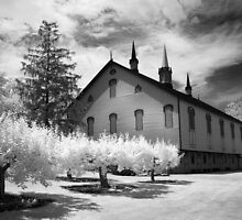 Infrared barn by ©  Paul W. Faust