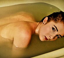 Alone In The Bathtub (Self portrait) by Sandra Skillingsås