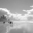 Surfers Paradise Noir by Travel-Hop