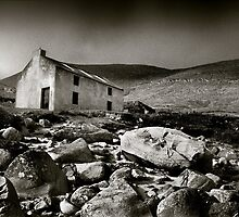 Abandoned Cottage, Achill Island, Ireland by 2cimage