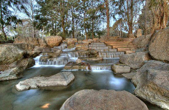 Waterfall at Ginninderra Lake by Bluesoul Photography