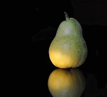 Still Life - Pear by petejsmith