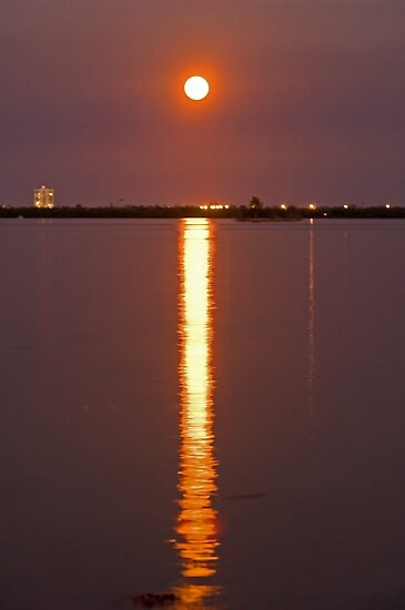 River moon by Larry  Grayam