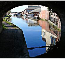 The Worcester Canal by Morag Bates