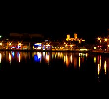 Brayford Pool [night] by HRLambert