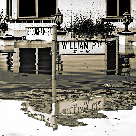 Brisbane Floods 2011 - Inundation - William Parade by Neil Ross
