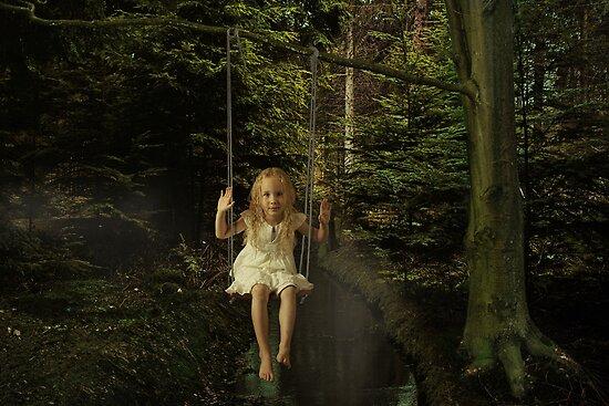 Swinging by Lifeware