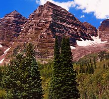 Maroon Bells Scenic  by Lanis Rossi