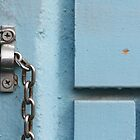 bright chain in blue by fabio piretti