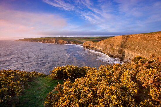 Wales: Dunraven's Golden Hour by Angie Latham