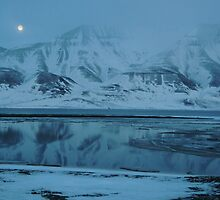 Full Moon over Hiorthfjellet by Algot Kristoffer Peterson