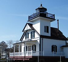 1886 Roanoke River Lighthouse. by WeeZie