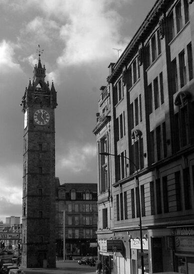 Glasgow streetscape 2 by Ian Kemp