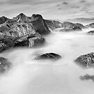 Taransay rocks by maxblack