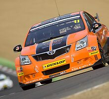 BTCC Dynojet Avensis by Mark Greenwood