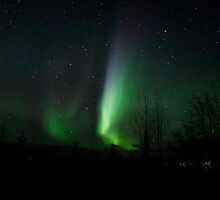 Straight Up Auroras #2 by peaceofthenorth