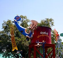 Goofy's barnstormer Rollercoaster by searchlight