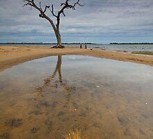 Pelican Point- Bunbury WA by Chris Paddick