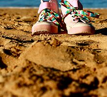 Sand Shoes by Katherina Bilko