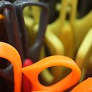 Scissors at rest by lutontown