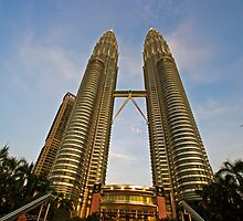 The Petronas Towers by MotHaiBaPhoto Dmitry & Olga
