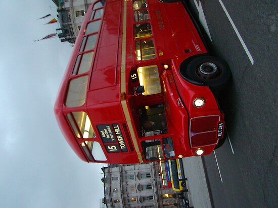 London bus by mariesu