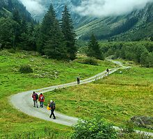 Trekking In Tirol by Xandru