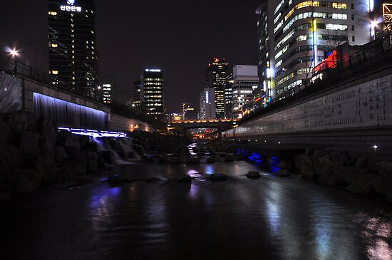 Cheonggyecheon at Night by Christian Eccleston