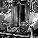 MG at the Woburn Abbey Classic Car Show by JMChown