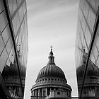 St. Pauls Cathedral by Matt Scott
