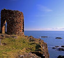 Lady`s Tower at Elie by GillBell