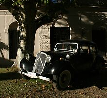 Old car Colonia del Sacramento - Uruguay by David Pillinger