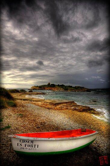 Little Row Boat 2 by Luke Griffin