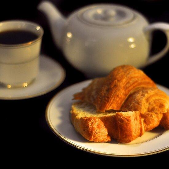 work.2619850.43.flat,550x550,075,f.breakfast-croissant.jpg