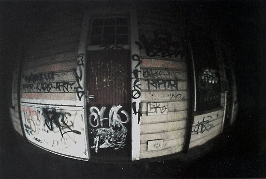 Toy Camera: The writings on the wall by madworld