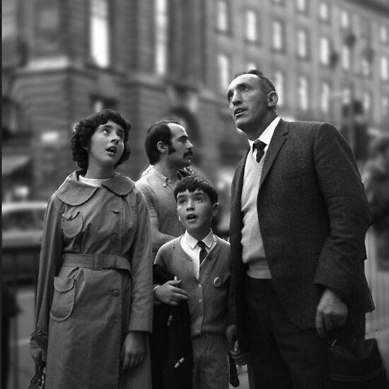Street Photography: London Tourists by David Malcolmson