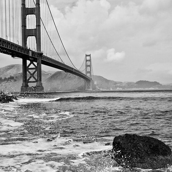 golden gate bridge black and white pictures. golden gate bridge black
