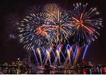 WON the 'Fireworks' challenge of group 'Photography Challe…'