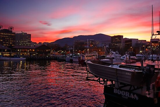 Tasmanian Sojourn: How Does The Southern Isle Drive?  |Constitution Dock Hobart